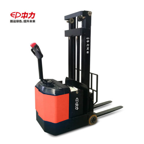中力 0.6吨电动堆高车/平衡重 ES06-CA